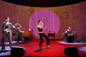 """2013-14 Théâtre Amstramgram """" LOLA FOLDING """"  texte Marc Jeanneret  musique Simon Aeschimann"""